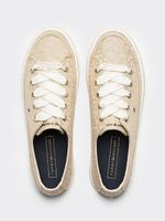 Zapatillas-de-plataforma-con-monogramas-Tommy-Hilfiger