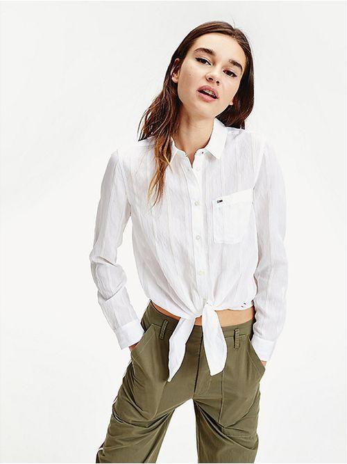 Camisa-con-lazo-anudable-y-logo-Tommy-Hilfiger