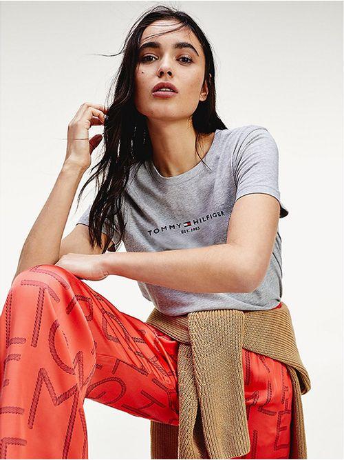 Camiseta-Essential-de-algodon-organico-Tommy-Hilfiger