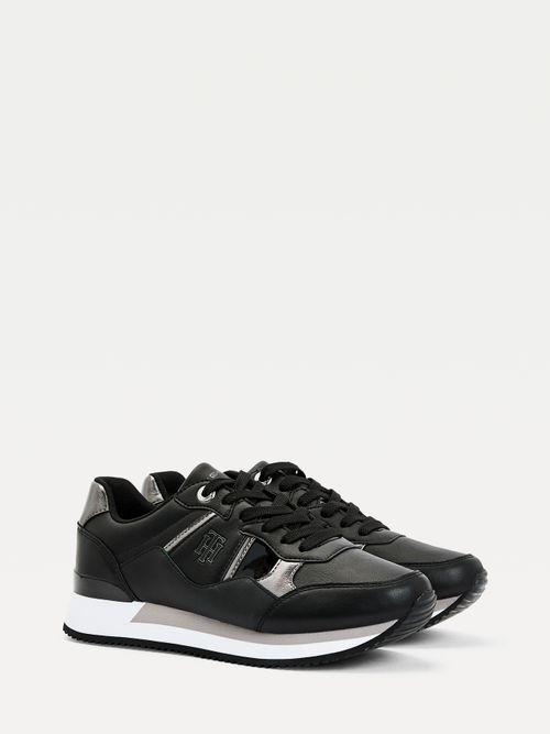 Zapatillas-deportivas-de-piel-con-monograma