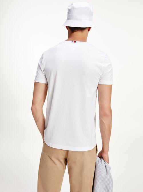 Camiseta-de-algodon-organico-con-logo-tonal