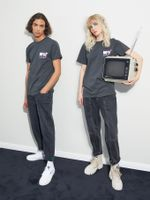 CAMISETA-MTV-PARA-TOMMY-JEANS